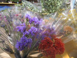 ケイトウなどのドライ花材