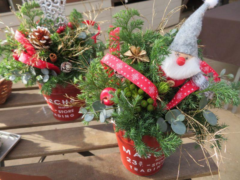 ガーデンショップのクリスマス装飾