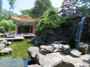 瀋芳園の滝
